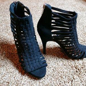 Fergalicious Heels, by Fergie